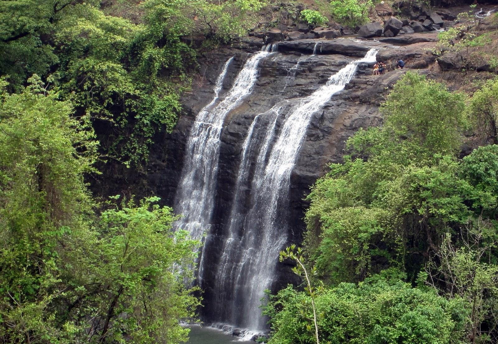 Vihigaon-Waterfall